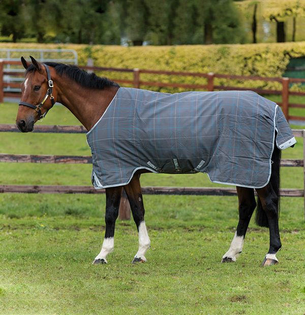Rhino Original Medium Turnout Rug